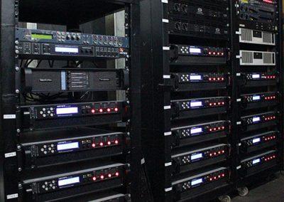 Amplificadores sala principal de Fabrik
